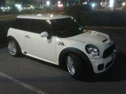 09 John Cooper Works Race Mini, turbo charged, Brembo brakes, excell cond, man, reg, $25,000. Ph...