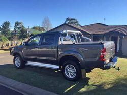 2013 Toyota SR5 Hilux turbo diesel, 86,000 klms, towbar, bullbar, UHF, brake controller, log book...