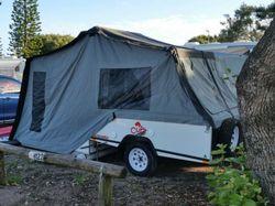 Hardfloor camper,  gas cooker, sink, 60ltr water, annex, double mattress, override brakes, rego Dec...