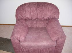 2 x 2 seater 2 x 1 seater maroon, suede in good condition
