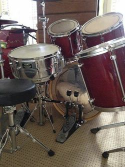 5 Piece Mapex Drum Kit Cherry Red, Double Kick, 6 Cymbals