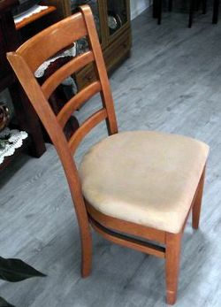 solid oak, padded seat VGC