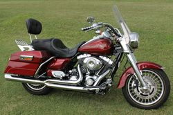 HARLEY Davidson 2009 Road King Excellent condition, many extras, Regd mid Oct 15000 km $19000 Mob...