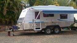 "Blue Heeler,18Ft 6"", Water Tanks, Solar Panels, new Batteries, new Awning, full Annex, Q/bed..."