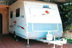 MILLARD 2010 full van, custom made, 14'x7', sleeps 2, alum frame, insulated, a/c, tar...