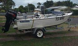 SAVAGE 4.2M Alum boat, side console, new 50hp Tohatsu (20 hours) elect trim & tilt, bilge, li...