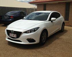 2014 White Mazda 3 Hatch,  auto,  regd 7/17,  10,200k,  a/c,  p/s, ...