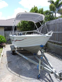 ALLY CRAFT 435 TOPENDER aluminium dinghy, 40 hp YAMAHA outboard, bow rails, side rails, bimini with...