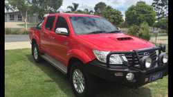 2013 Hilux SR5 Dual Cab Auto, Bullbar, driving lights, Tonneau Cover very low kms, one owner from ne...