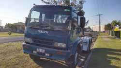 This truck has new tyres, muffler, roof mounted hazard light, tool box, chassis sandblasted and pain...