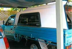 gas/petrol, reg. 04/17, auto, 126,000km, t/bar, elect. brakes, good cond.,Ph 41254643, 0474...