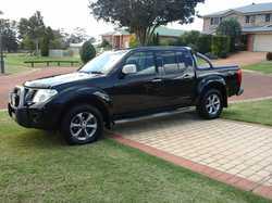 2014 NAVARA Titanium,  auto,  diesel,  43700km,  leather,  tow bar,...