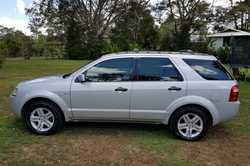 2006, low 120k's, silver, 6 speed auto, AWD, 7 seats, leather interior, 6 stacker CD, cruise and cli...