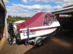 Yalta Fisho fiberglass boat 4.4 / 50Hp 4 stroke Honda /3.3 Mercury aux full covers on near new Ocean...