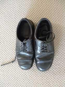 Boys Colorado shoes size 8