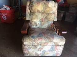 Single Recliner Lounge Chair Floral with timber arms