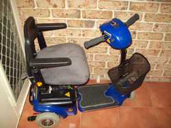 Mobility Scooter electric for smaller person blue, will fit in boot.  $500 ONO