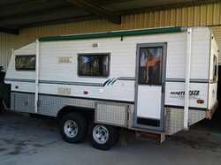 19 FT. BUSHTRACKER Van 2003 queen bed, 190 ltre 12 volt fridge/freezer, ensuit, gas hot water sys...