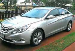 Hyundai Elite 2011  Silver sedan,  auto  RWC,  79,000ks,  leather se...