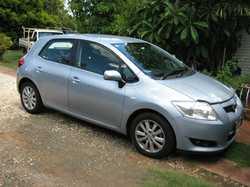TOYOTA Corolla Seca, a/c, p/steer, cruise control, blue tooth radio/CD, rear sensors, 1 lady owne...