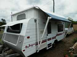 JAYCO Poptop Discovery. nicely presented , 2 single beds, new large 3way fridge, gas oven & s...