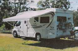 2007 Jayco Conquest, show/toil, 2way frig, 4 burner stove, grill & oven, gas/elec HW, s/panel...