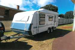 STATESMAN 19ft, roll out awning, 3 way fridge, gas cook top, island bed, LED lights, air con, bat...
