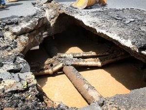 Utility firm to fix sinkhole
