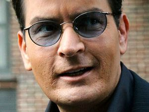 Charlie Sheen restraining order lifted
