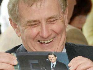 Simon Crean pledges flood support