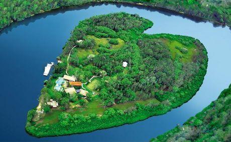 Makepeace Island.