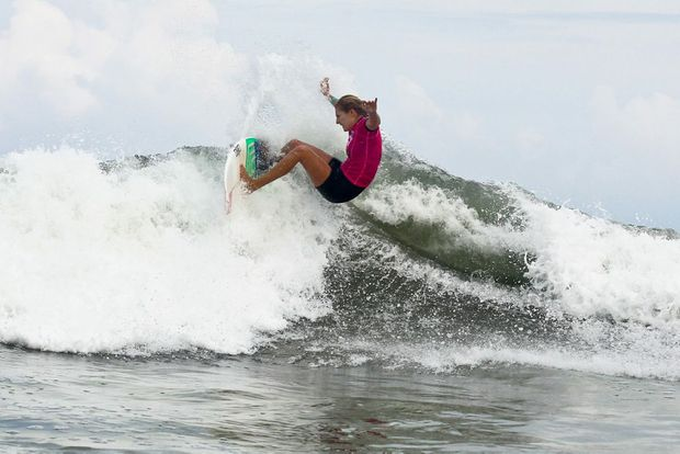 Stephanie Gilmore has won the Roxy Pro women's final.