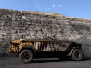 LISTEN: Chinese coal industry slashes ups coal prices