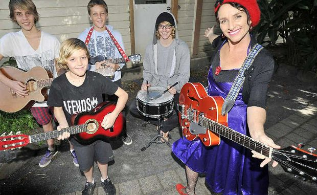 Jasper Sheridan, 16, Kasey-Joe Sheridan, 11, Oliver Sheridan, 12, Sebastian Jeffery-Jones, 17 and mum Kathryn Jones.