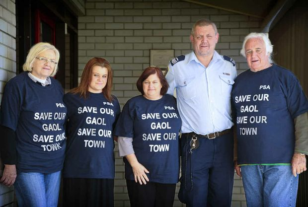 Cheryl, Sophie, Debby, Tim and Joe Kinnane – Tim is a prison guard at Grafton jail.