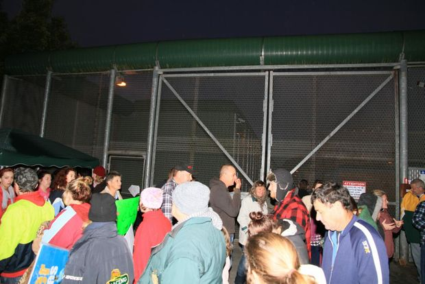 The picket line at Grafton gaol during the night and early dawn on Sunday morning.