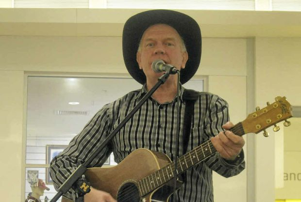 Singer/songwriter Maurice Hardy will be performing in Grafton Shoppingworld.