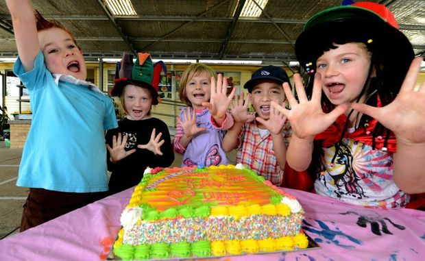 Murwillumbah south infants school. fundraiser. L to R Amon Brown, Kathleen Bullus, Tobi Ford, Danny West, Kelisha Wake. Photo: John Gass / Daily News