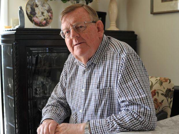 Member for Hinkler Paul Neville.