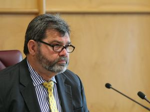 "Carmody quits Morcombe case to ""preserve public confidence"""