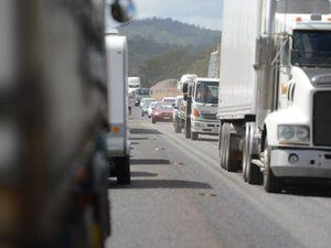 Truck breakdown on Toowoomba range causes delays