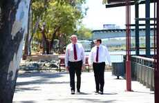 Jeff Seeney, Deputy Premier and Minister for State Development, Infrastructure and Planning and Andrew Powell, Minister for Environment and Heritage Protection in Rockhampton. Photo Sharyn O'Neill / The Morning Bulletin