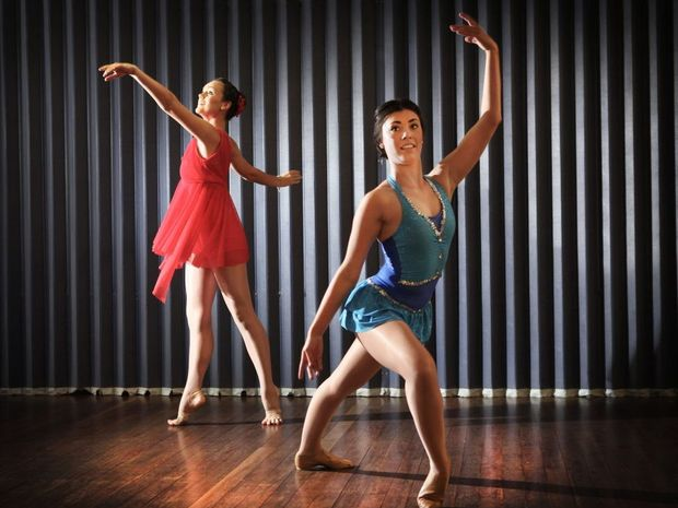 Kathleen Watson and Renaye Bradford from Amelia's Studio of Dance going to Jason Coleman's Ministry of Dance in North Melbourne. Photo Allan Reinikka / The Morning Bulletin