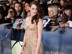Twilight stars bid farewell at world premiere of final film