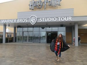 Tour the Harry Potter Studios with world's biggest fan