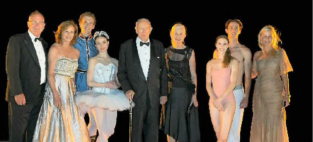 ON STAGE: Dancers from The Australian Ballet with Hamilton Island's Sandy and Carol Oatley, Bob and Val Oatley and Nikki Tindill. Photo by Andrea Francolini.