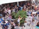 Schoolies flash mob