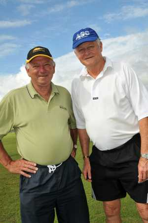Former Australian Test cricketer Geoff Dymock (right).