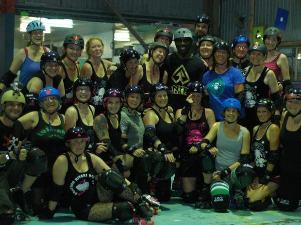 The Northern Rivers Roller Derby players hang out with US scating legend Mo Sanders, aka Quadzilla, who put the locals through a series of traing drills last night.