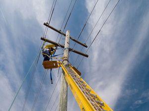 Unions reject Essential Energy's 800-job cut proposal